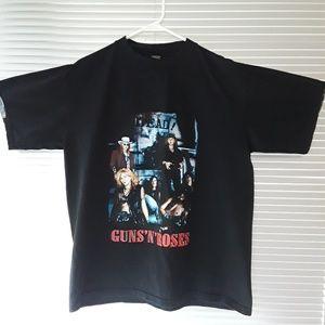 Other - Guns N Roses Unique Rare Tee Shirt